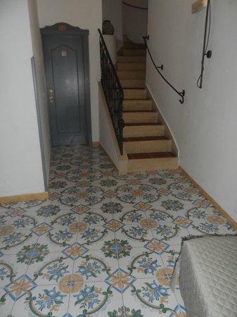 Positano Art Hotel Pasitea: stairs to rm 41