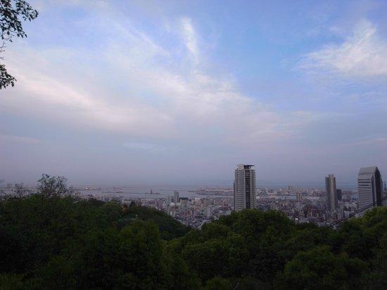 Nunobiki Falls (Nunobiki-No-Taki) : 見渡す限りの神戸 the view of Kobe