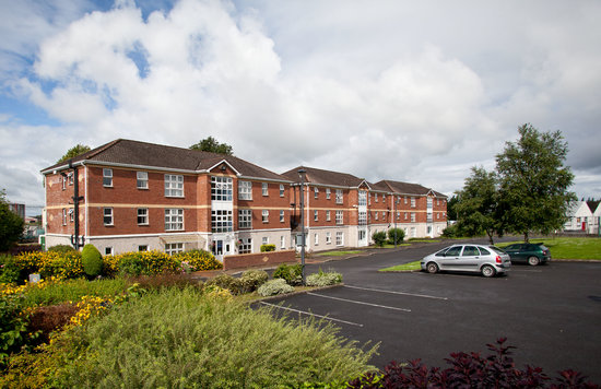 Courtbrack Accommodation: Free car parking available