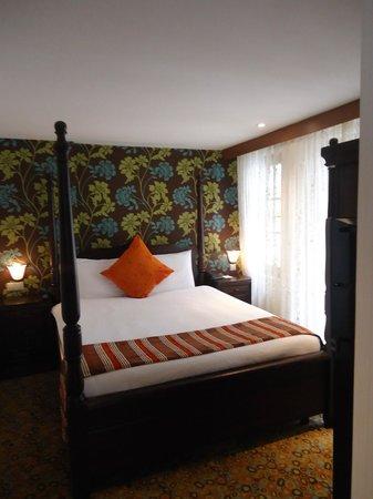 Konak Hotel: Schlafzimmer