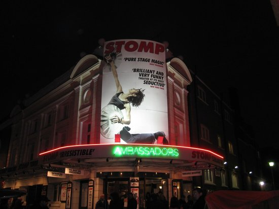 Stomp: Outside the theatre