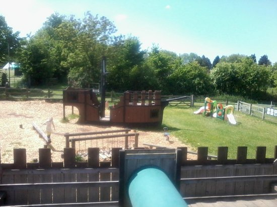 Banwell, UK: Castle/Ship adventure playground
