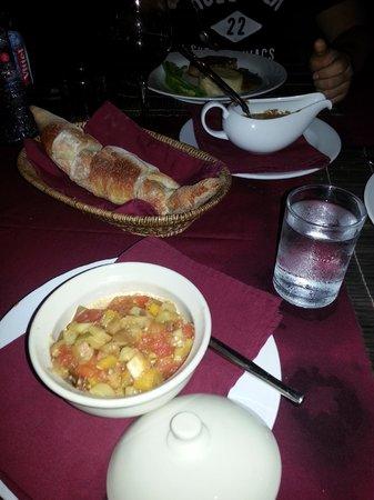 La Cuisine : Ratatouille and bread basket