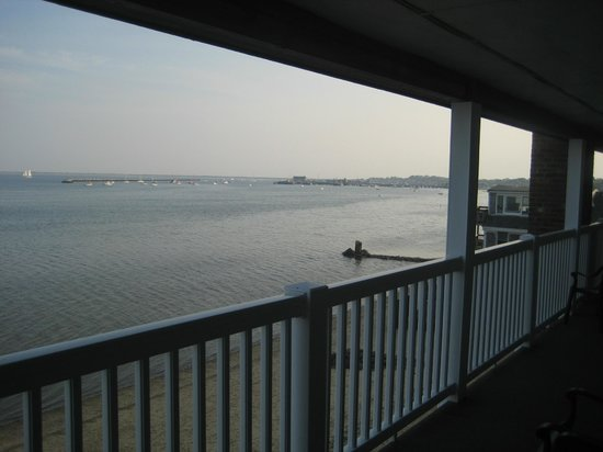 Surfside Hotel & Suites: Waterfront Sunset View:)