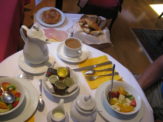 Aetoma Hotel: Un petit déjeuner gargantuesque