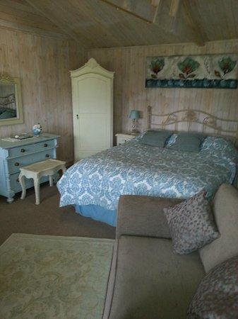 Lakeside Town Farm: Amazing Cabin
