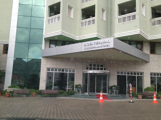 Guven Termal Kizilcahamam- Spa & Convention Center: Front of Hotel