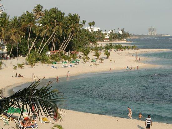 Plaza Real Resort: Der  tolle  Badestrand  von Alt  Juan  Dolio - mit dem  Motortaxi für 1 Euro  zu erreichen.