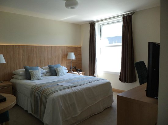 Fistral Beach Hotel and Spa: Standard room - no sea view