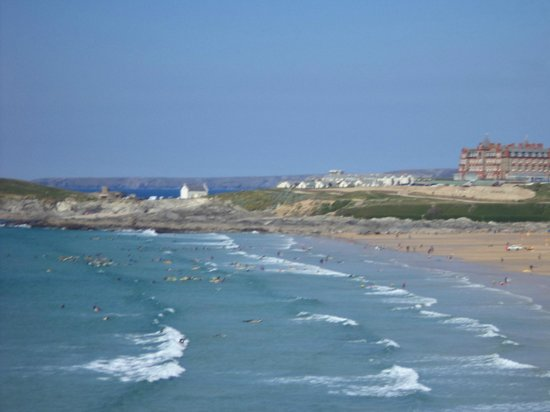 Fistral Beach Hotel and Spa: The view from the front of the hotel