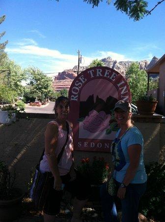 Rose Tree Inn: Inn Sign