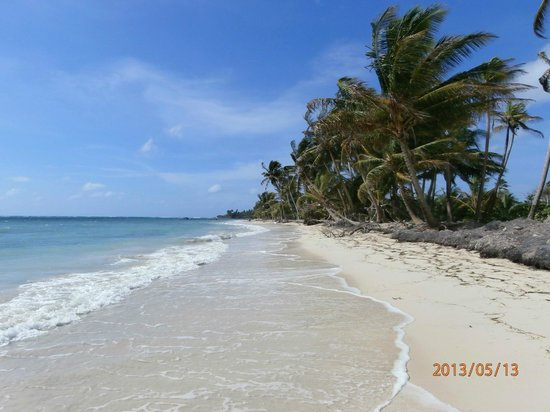 Beach in front of Little Corn Beach and Bungalow, Little Corn Island, Nicaragua