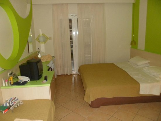 Alexandra Beach Thassos Spa Resort: double room not as web picture