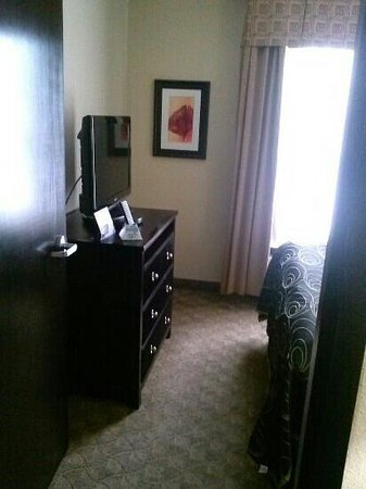 Best Western Plus Addison Galleria Hotel: king bed off suite