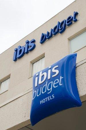 Ibis Budget Piracicaba: Fachada