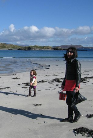 Doonmore Hotel: One of the many beaches on Inishbofin