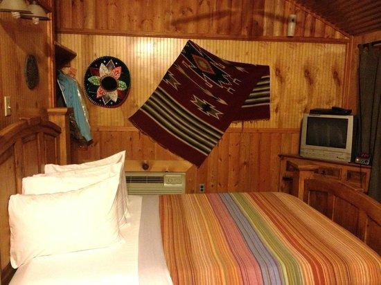 The Hideaway Ranch & Retreat: Hacienda cabin