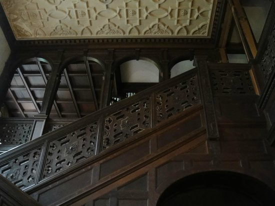 Ventfort Hall Mansion and Gilded Age Museum: Looking up from the main Entrance to the 2nd & 3rd floors