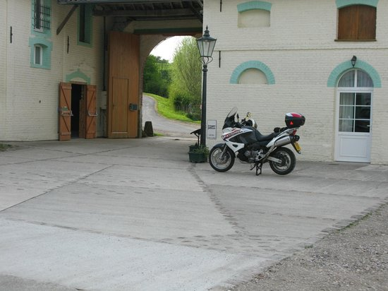 Les Ballastieres: Inside main entrance. NB Bike garage on the left.