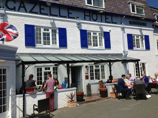 Gazelle Hotel: Front of house