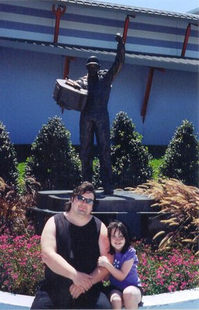 Dale Earnhardt Sr. Statue : Me and my daughter