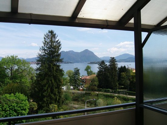 Hotel Alpi : panorama dal balcone della camera