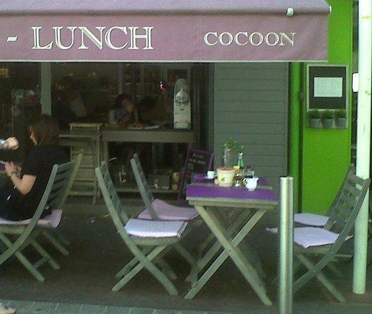 Cocoon: tavolini all'aperto