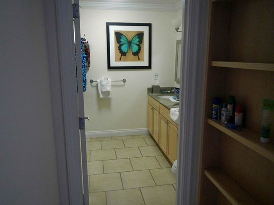Alexandra Resort: bathroom