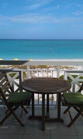 Alexandra Resort: Balcony area where we ate