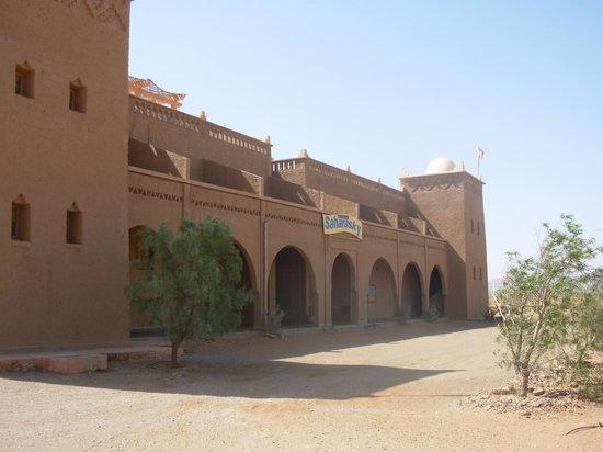 Stargazing Hotel Sahara Sky : Sahara Sky Hotel
