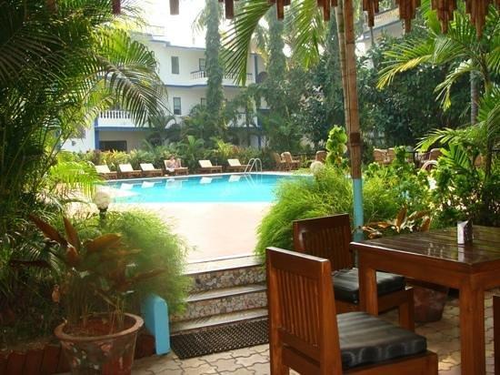 Resort Mellorosa: Добавить подпись
