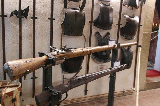 Historiengewölbe mit Staatsverlies: Weaponry