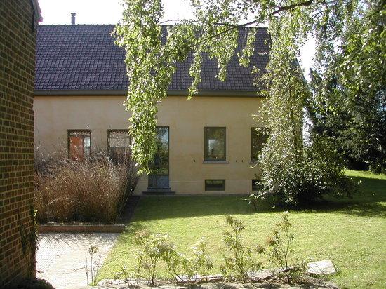 De Bosgeus: The front garden