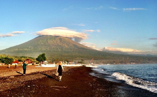 Putri Bali Villa: Sacred Mt. Agung: Only 2 hours from Bali Villa