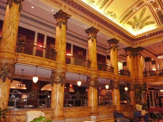 The Jefferson Hotel: Check out the lower lobby!