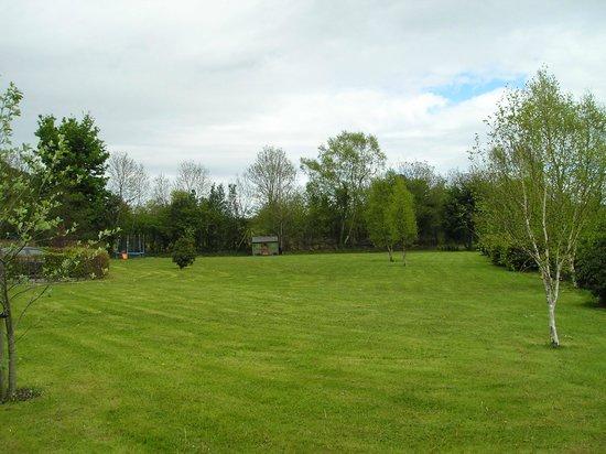 Dungimmon House: The garden