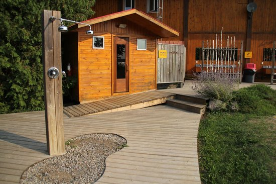 Owl Rafting (Ottawa Whitewater Leaders Rafting): Sauna And Outdoor Showers