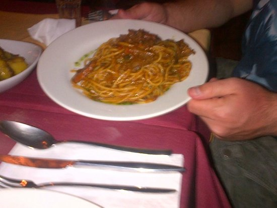 Gozitan: pasta with Rabbit
