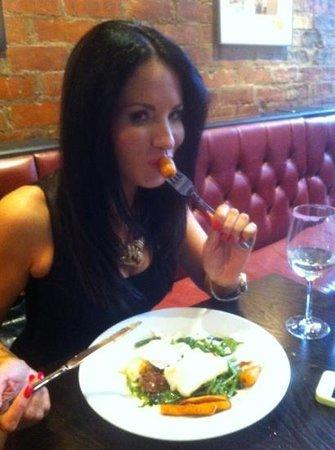 The Whippet Inn: Add a caption ... nice carrots !!!