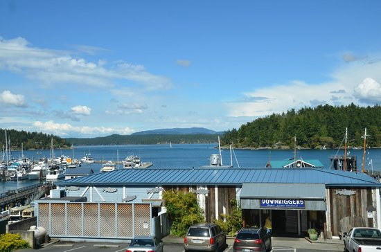 The Island Inn at 123 West: Friday Harbor from the window