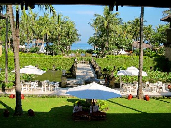INTERCONTINENTAL Bali Resort: beach area