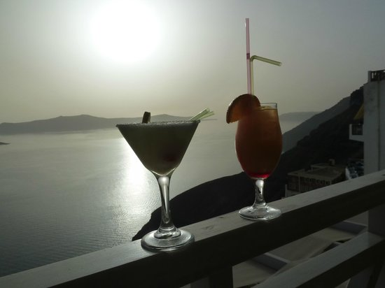Vallais Villa: Cocktail at sunset