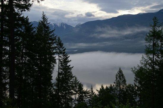 Mountain Trek Fitness Retreat & Health Spa: View from Yoga Studio at Mt. Trek