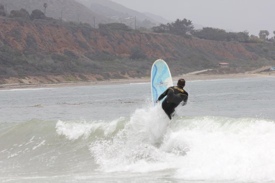 Leo Carrillo State Park and Beach: Long board fun