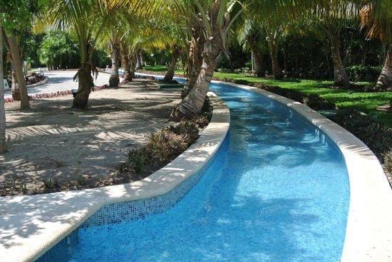 Grand Sirenis Riviera Maya Resort & Spa: Lazy River