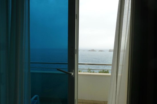 Neptun Hotel: Our balcony that overlooks Adriatic
