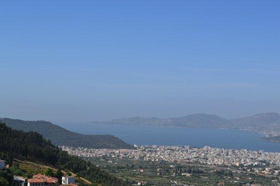Archontiko Tafilli 1891 : Views to Volos from our balcony