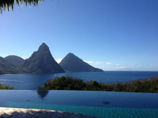 Jade Mountain Resort: View from the room
