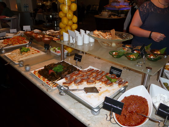 Movenpick Hotel Bahrain: Some of the starters