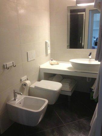 57ResHotel Orio - Orio Al Serio  BG: Bathroom